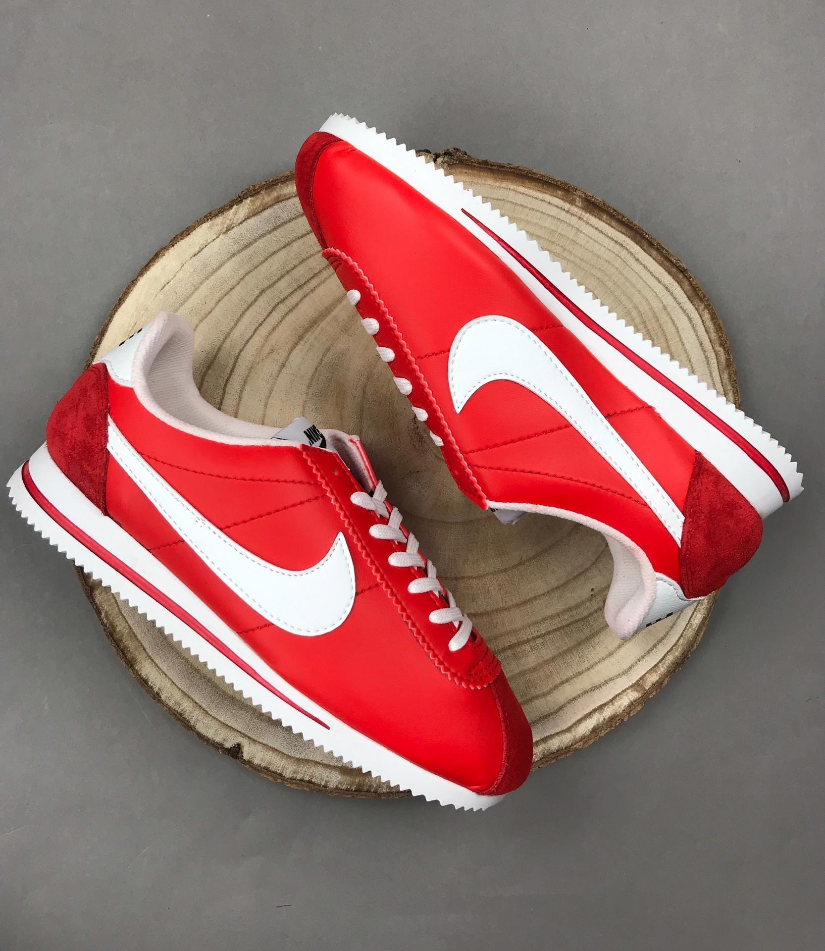 Nike Cortez Deluxe  Red Edition