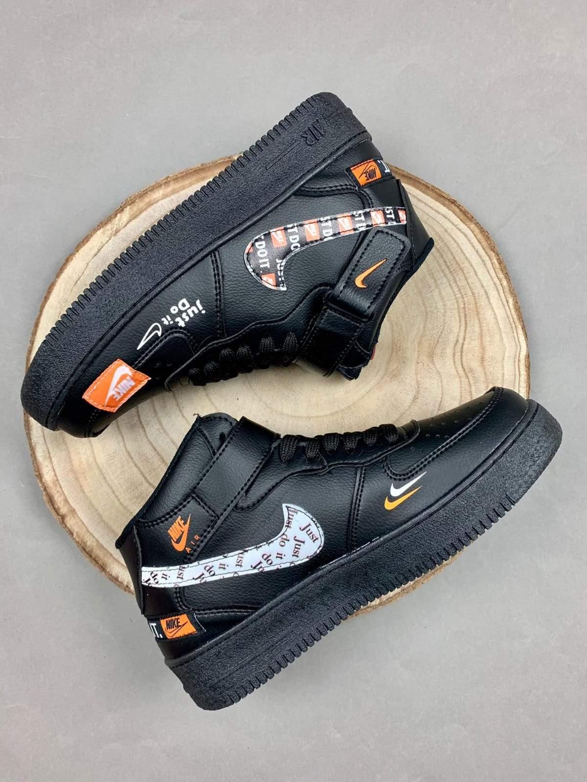 Nike air force just do it bota negras