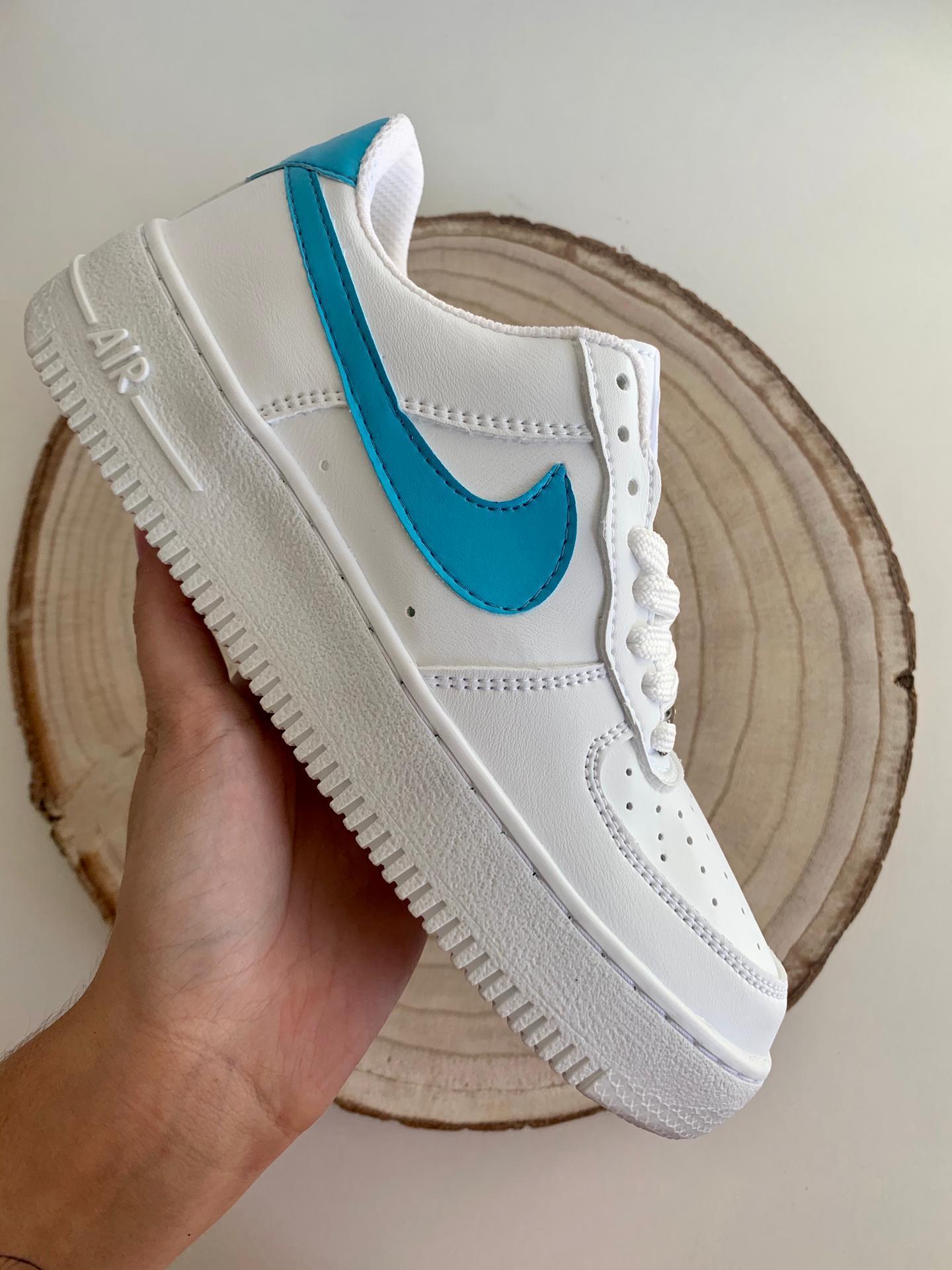 Nike Air force logo azul