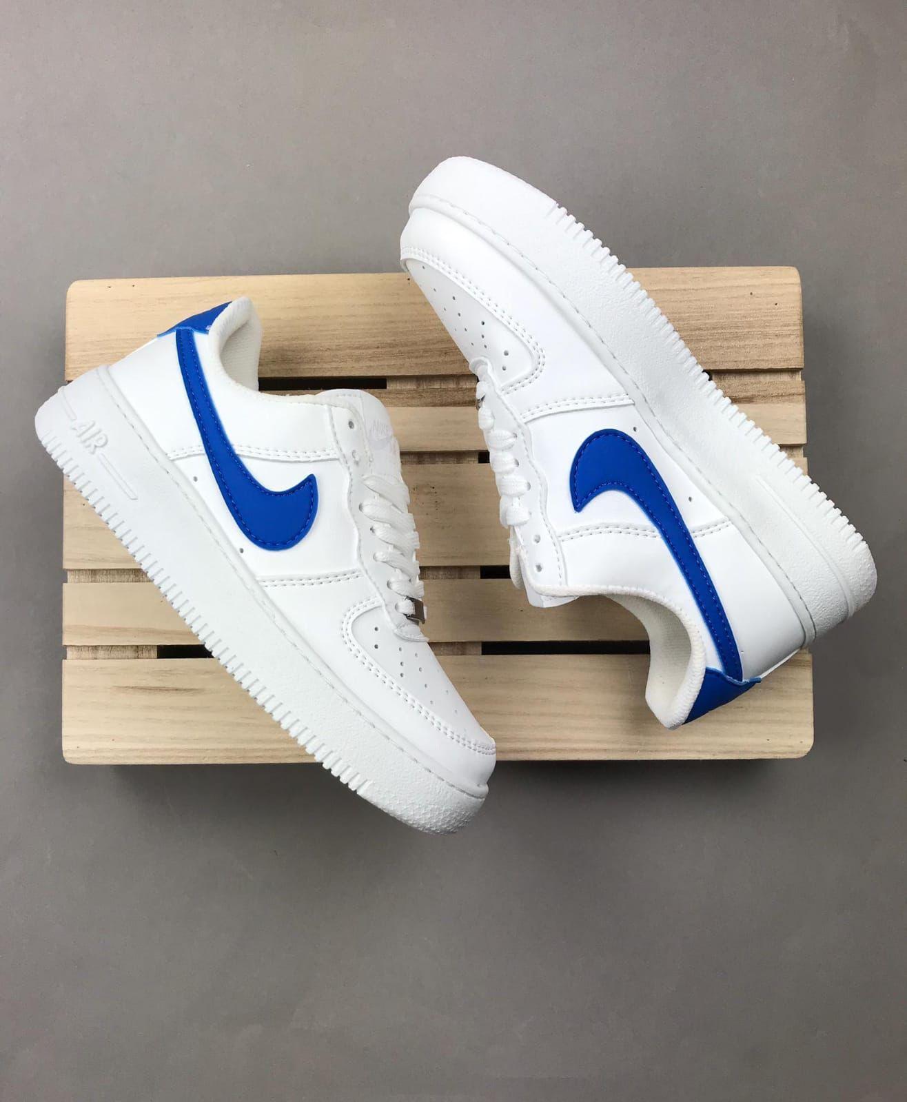 Nike Airforce logo azul