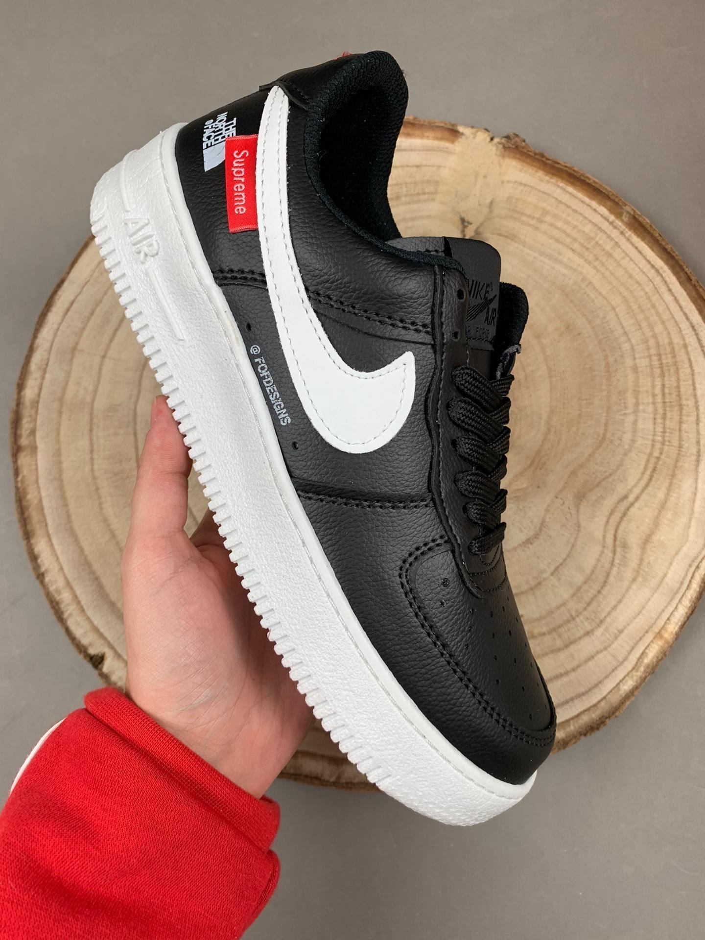 Nike Air Force 1 X The North Face X Supreme